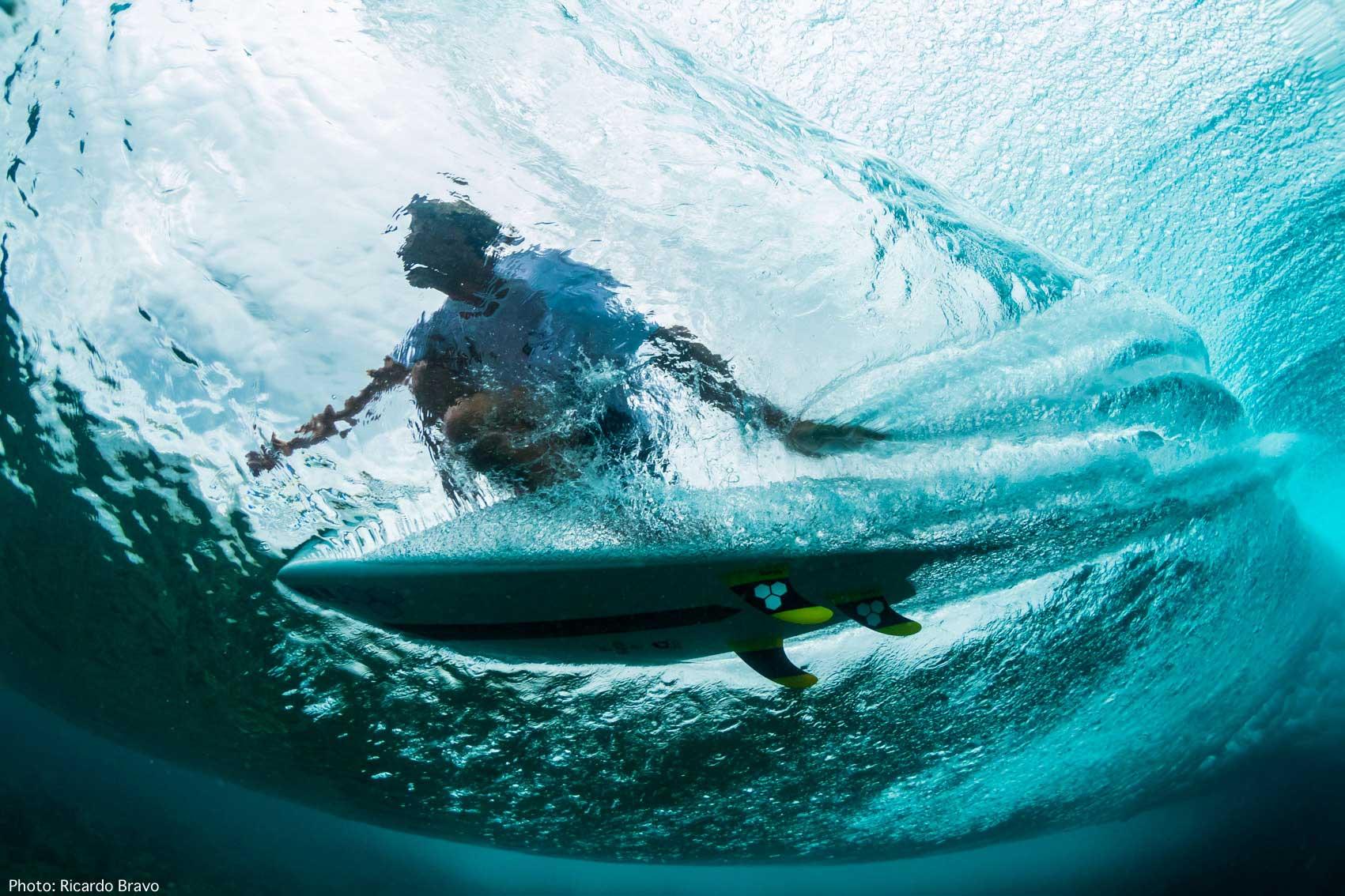 ricardo-Bravo-surf-photographer